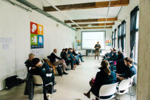 Session mit Kurzvortrag auf dem OERcamp Ost in Berlin - Foto von Tilman Vogler für OERde17